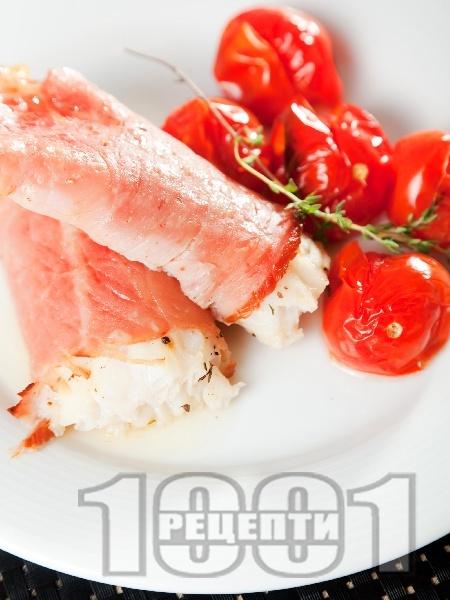 Рибни ролца в пуешко филе - снимка на рецептата
